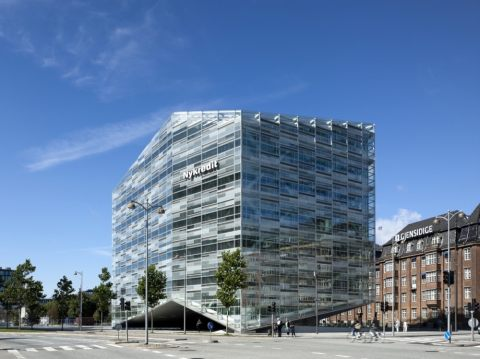 20130923INGLASS The Crystal by SHL Architects